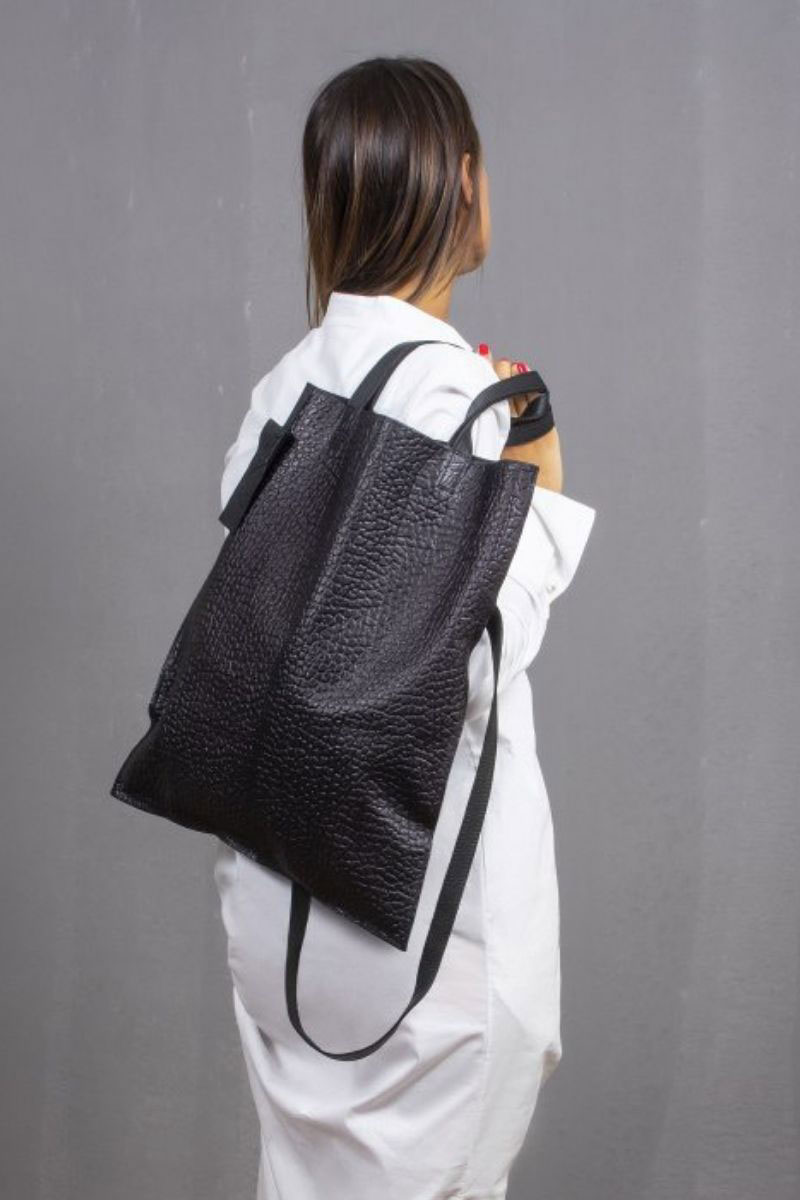 shopper-bag-in-pelle-nera