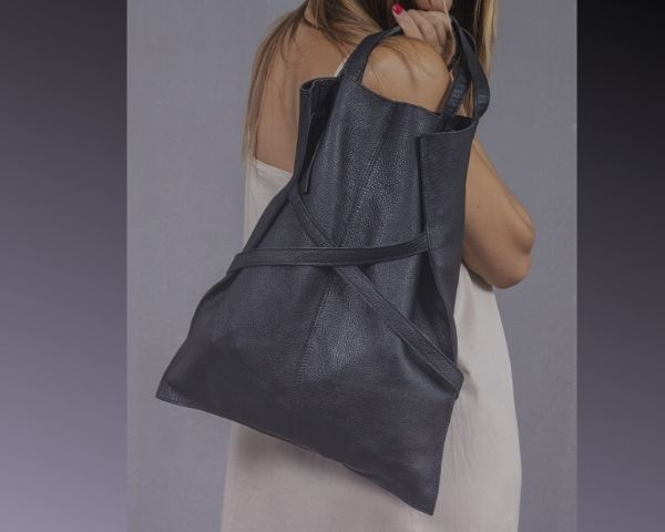 shopping-bag-in-pelle-estate-2020-colore-nero-homi-fashion-jewels