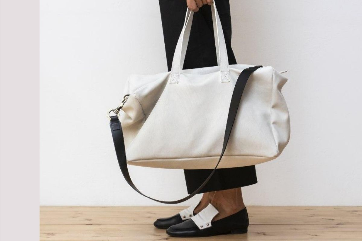 ps-red-wahale-borsa-in-pelle-scamoscia-colore-bianco.jpg